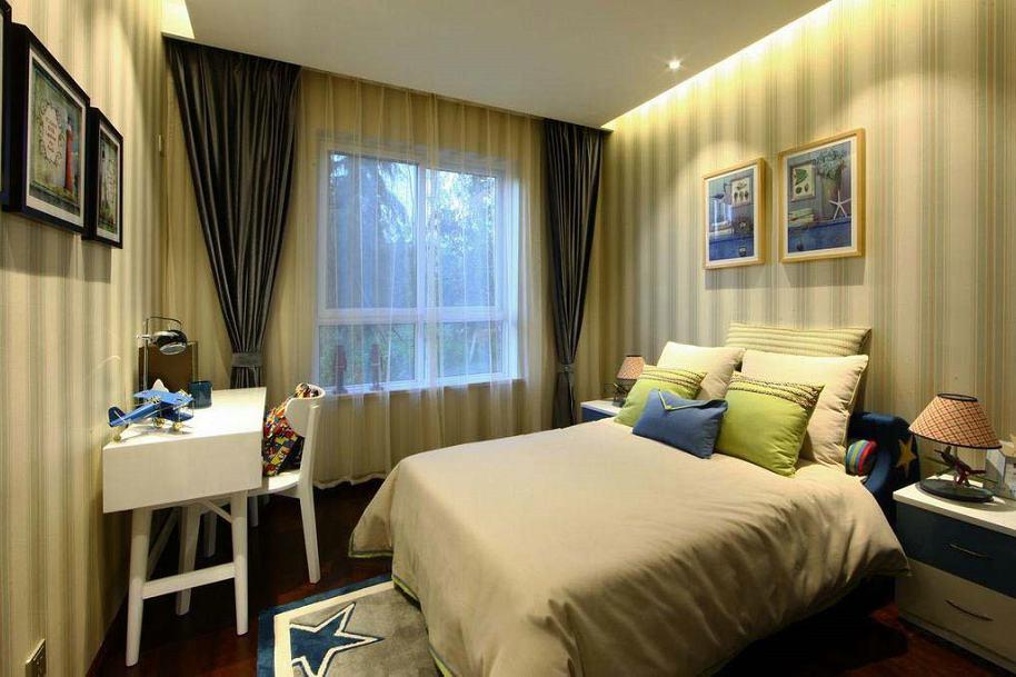 温馨美式风格卧室窗帘装饰效果图