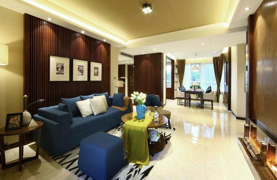 咖啡色美式装潢三居室案例图