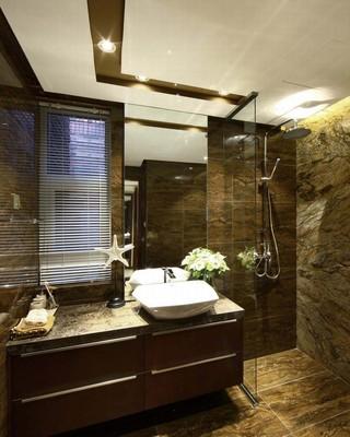 咖啡色美式装潢卫生间效果图