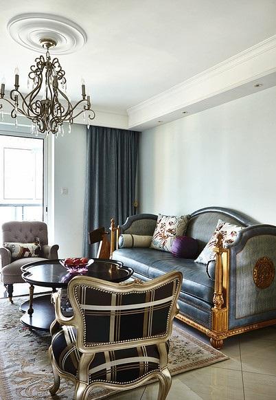 沉稳复古北欧风客厅沙发装饰设计