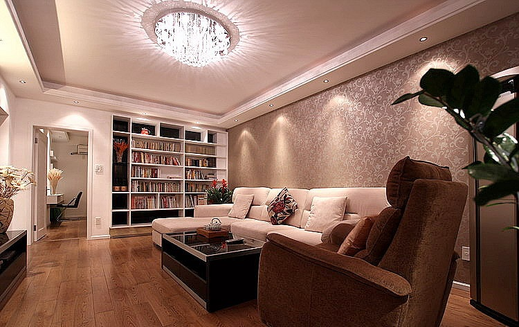 素色调现代客厅吸顶灯装饰图