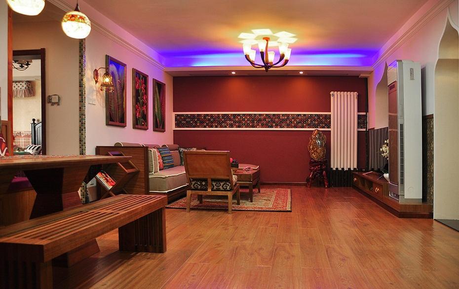 深色系东南亚装修风格三居室内灯光效果图