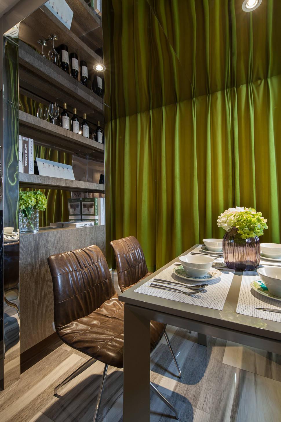 现代时尚家装餐厅酒柜设计装修图