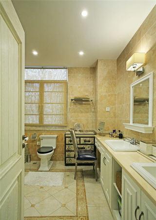 温馨美式风格别墅卫生间装修效果图