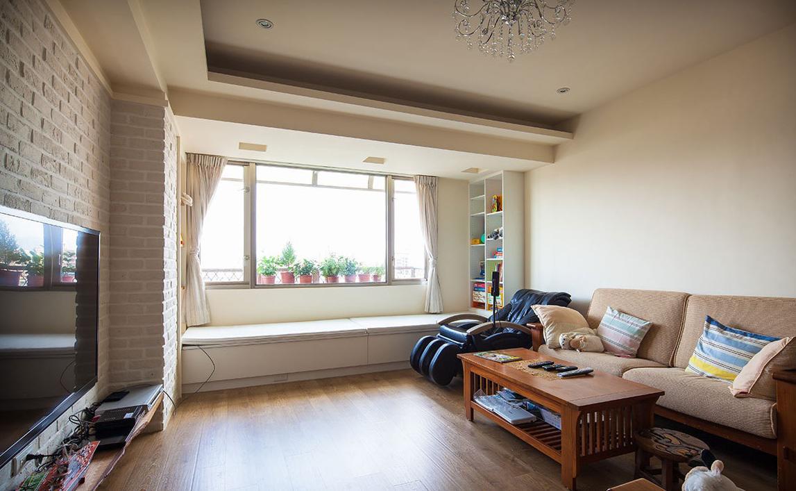 北欧风三居装修客厅飘窗设计