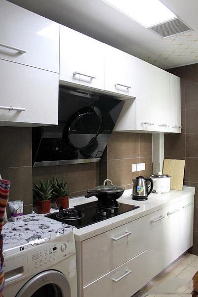 时尚清新宜家风格厨房白色橱柜效果图