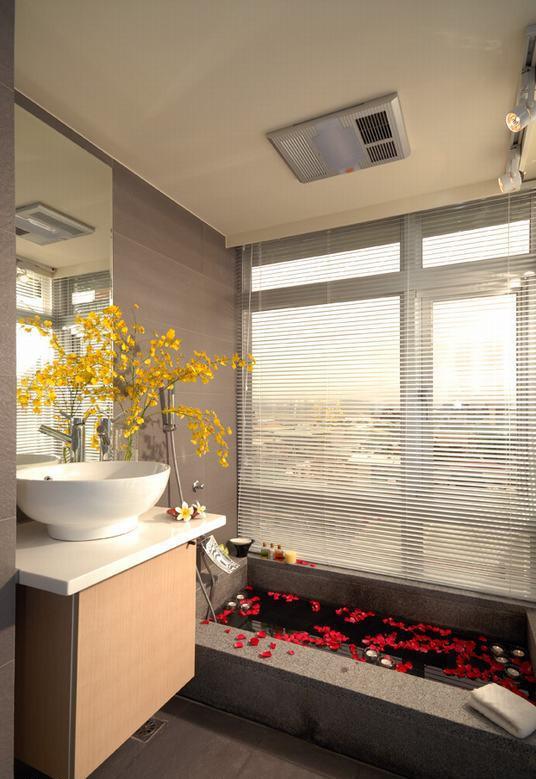 时尚豪华现代风浴室浴池装修效果图