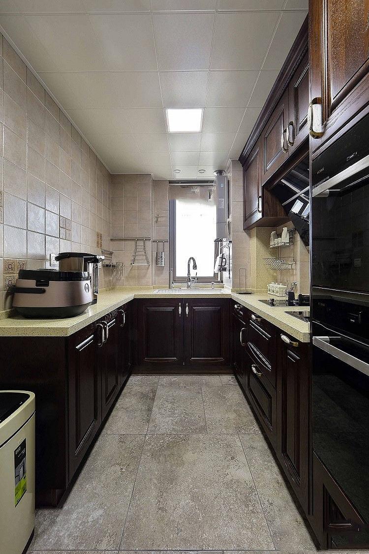 高端美式设计厨房U型橱柜效果图大全