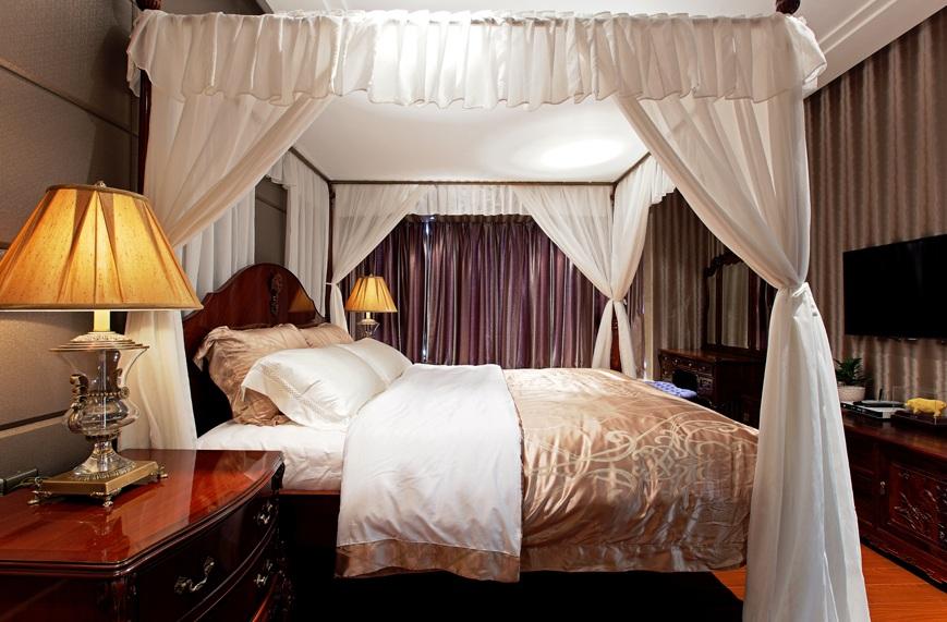 中式古典卧室宫廷帷幔装饰效果图