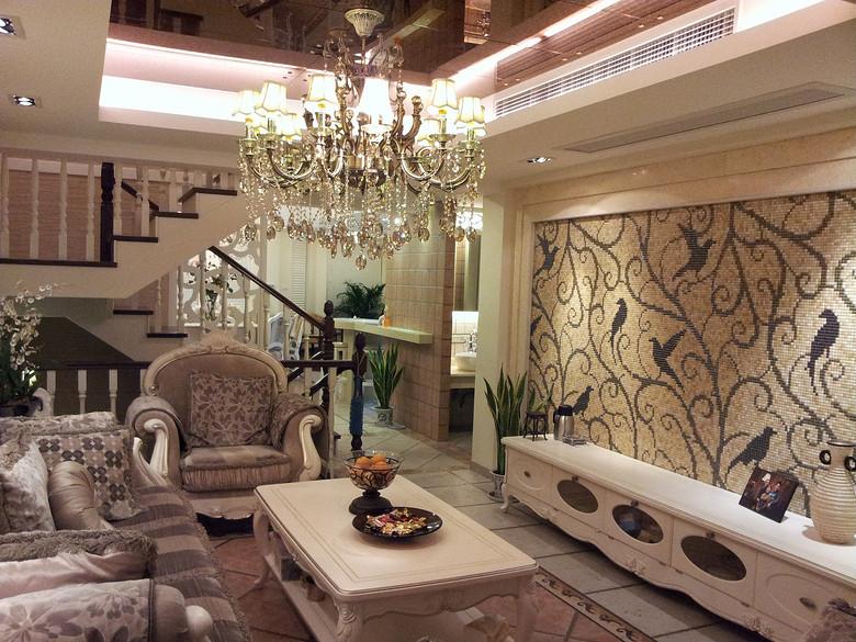 浪漫优雅简欧风格复式精装房