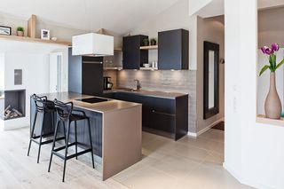 简约小户型厨房吧台设计