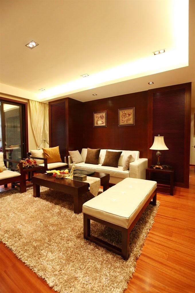 温馨东南亚家装实木客厅家装设计