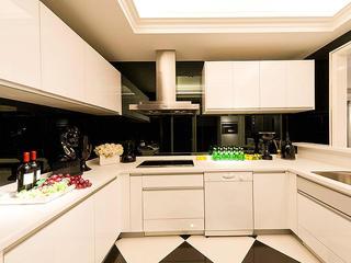 黑白时尚高端简欧家装厨房整体橱柜图片