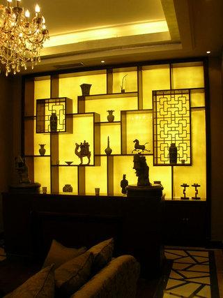 精致奢华中式家装博古架效果图