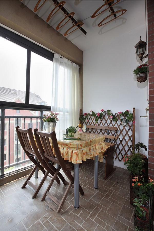 古朴田园美式阳台设计装潢效果图