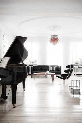 黑白精致优美北欧风格复式装潢欣赏