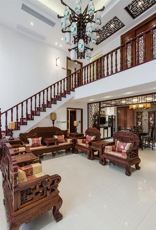 古典宫廷中式风格别墅家装楼梯案例图