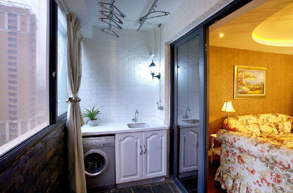 休闲简欧风格卧室阳台白色文化砖效果图