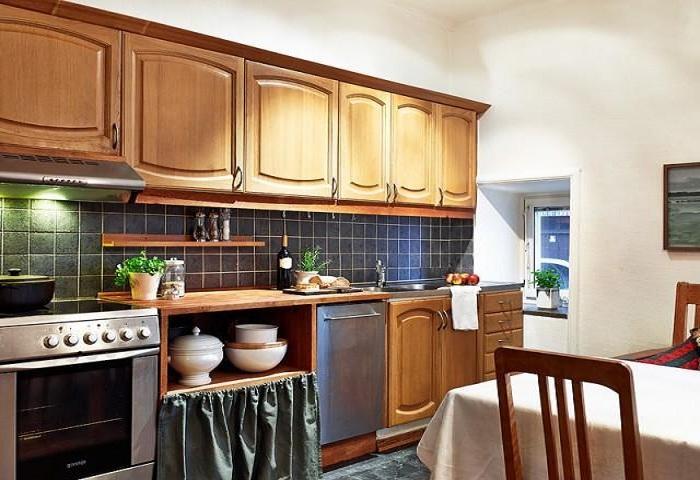复古简约欧式厨房实木橱柜装饰效果图