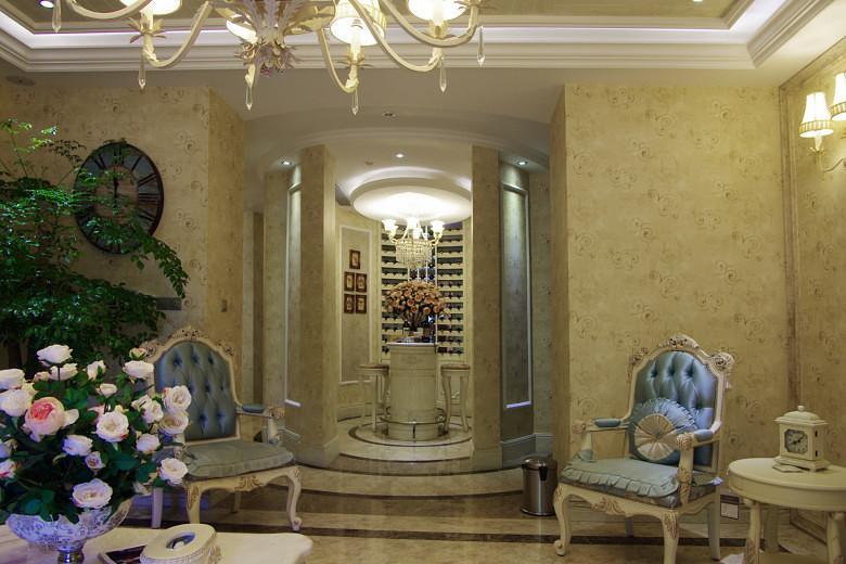 温馨优雅欧式家居装饰效果图