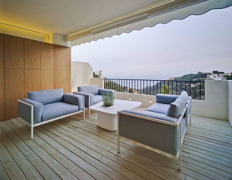 简约小户型复式休闲阳台设计装修图