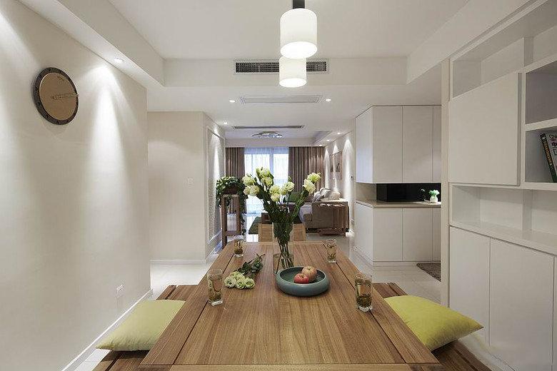 温馨现代简约风格餐厅原木餐桌设计