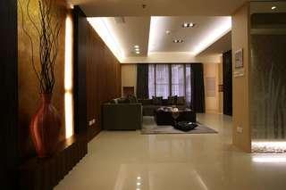 沉稳深色系现代风格三居装潢设计欣赏