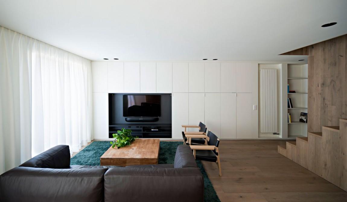 现代复式小客厅电视背景墙设计装修效果图