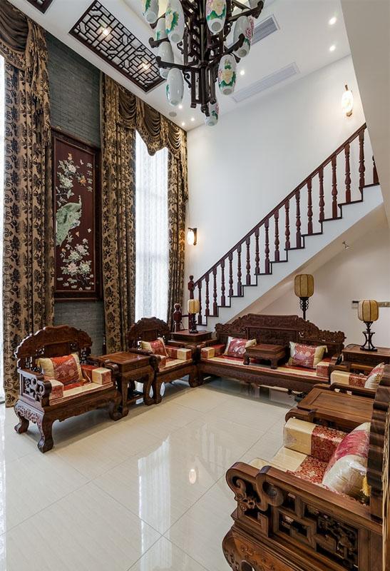 古典宫廷中式风格客厅实木家具装饰效果图