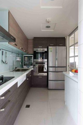 现代简约设计装修风格整体厨房样板房