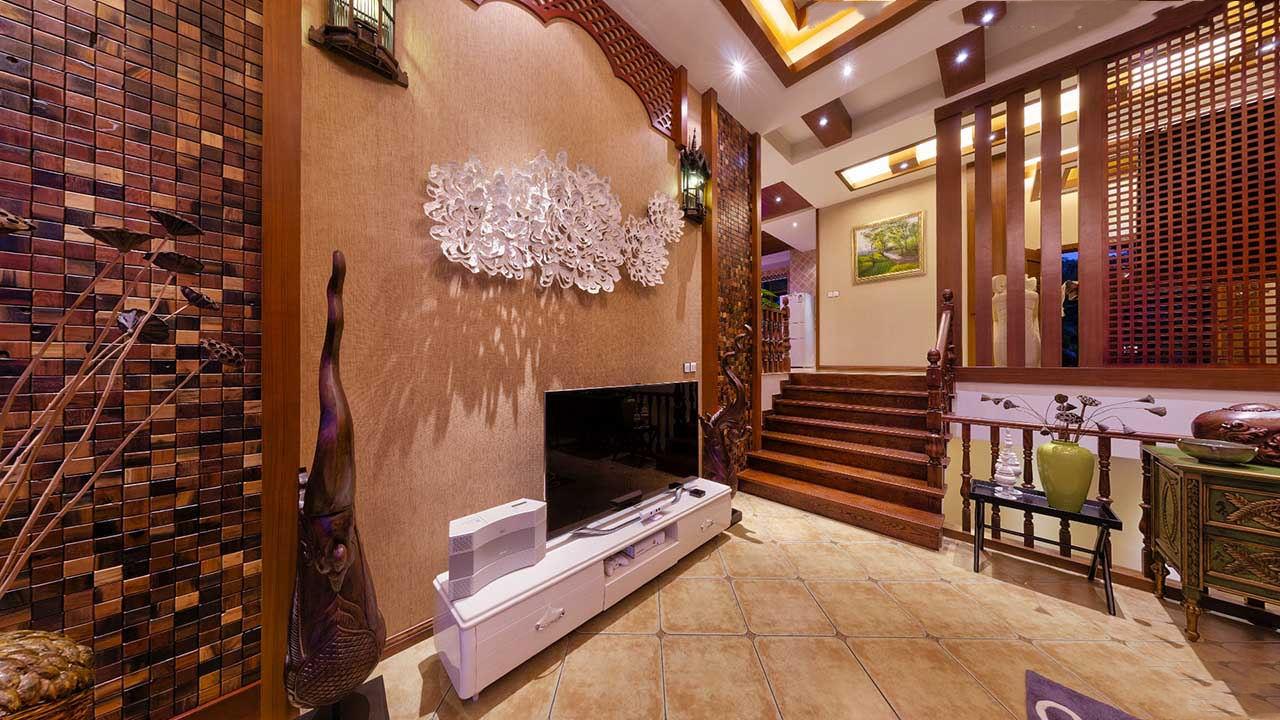 和谐东南亚风格别墅室内阶梯隔断效果图