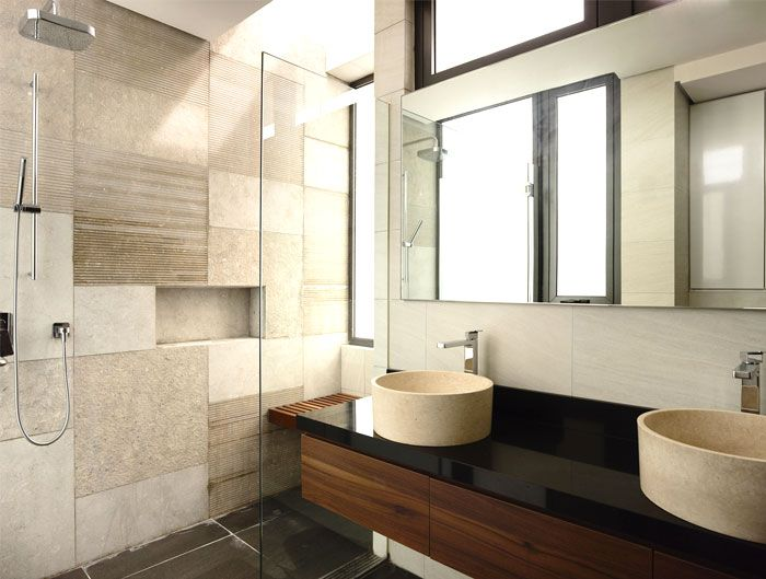 简约舒适卫生间大理石背景墙设计图片