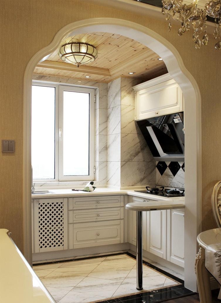 温馨复古欧式家装厨房特色隔断设计