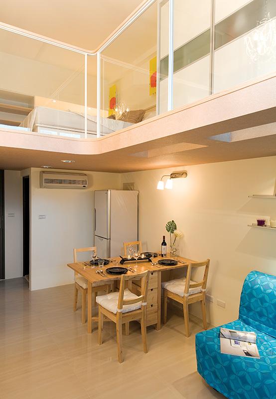 温馨简约宜家装修餐厅复式楼设计效果图