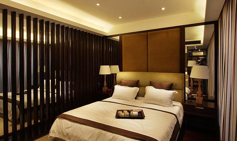 时尚精致新古典卧室博古架隔断设计