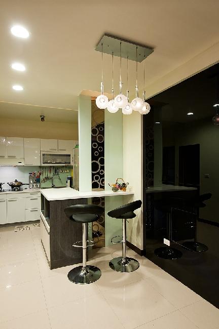 时尚现代家装吧台椅装饰效果图