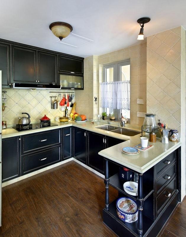 休闲美式复古家装厨房黑色橱柜效果图