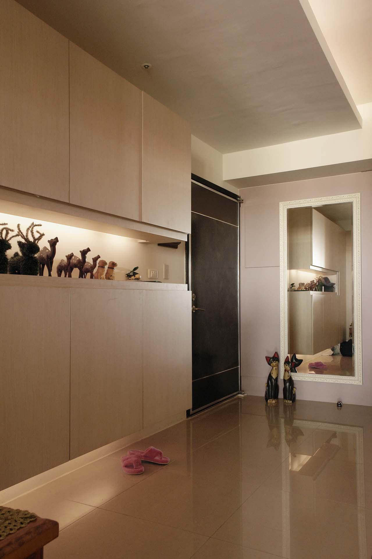 裸色简约现代家装风格整体柜效果图
