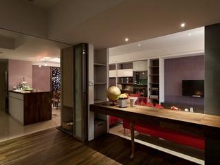 沉稳时尚现代装修风格二居室设计