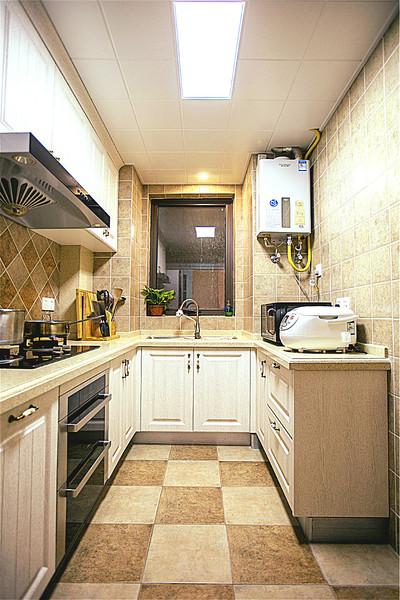 6平米美式U型厨房集成吊顶效果图