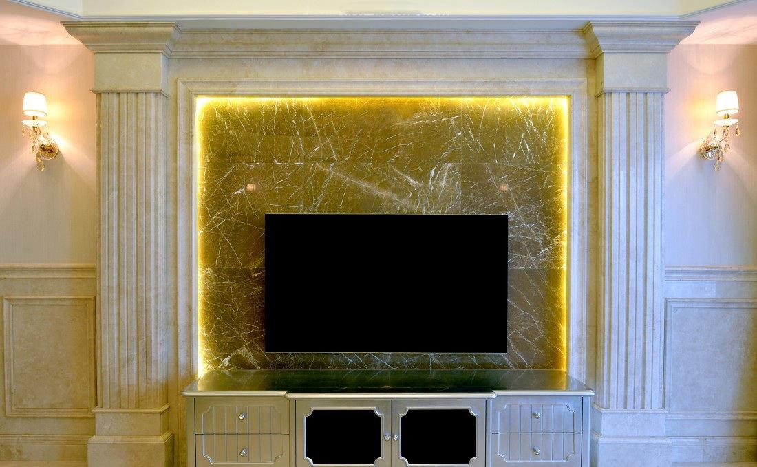 高贵欧式风格客厅电视大理石背景墙设计装修图