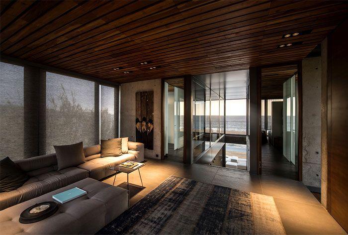雅致现代海景别墅室内客厅实木吊顶效果图