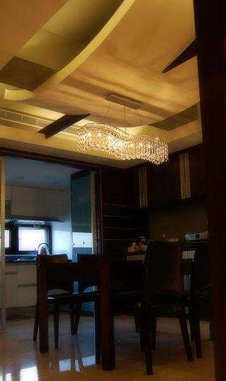 现代华丽装修风格三室两厅设计效果图