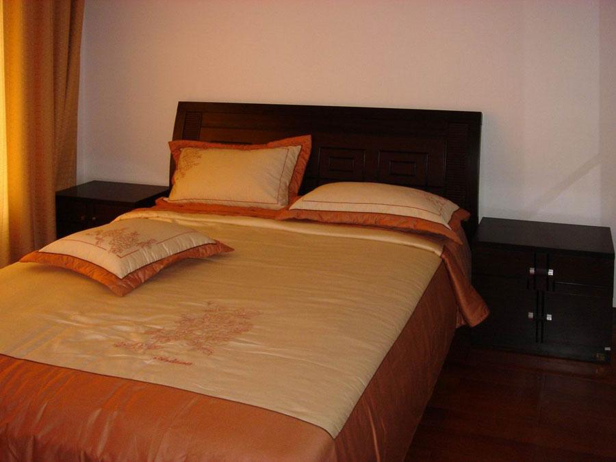 简约复古中式卧室单人床设计欣赏