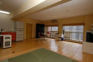 简约日式宜家风格装修一居室小木屋设计