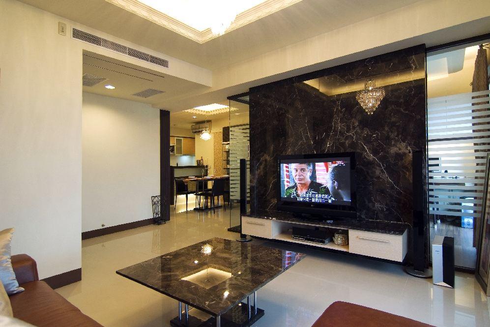 时尚现代精美客厅大理石背景墙装修图