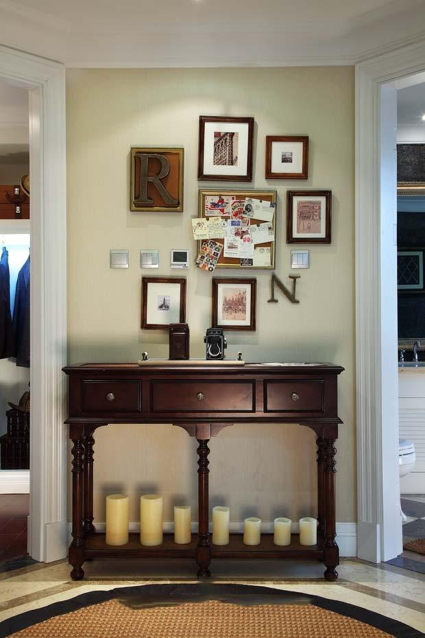 美式乡村田园风别墅玄关装饰相片墙效果图
