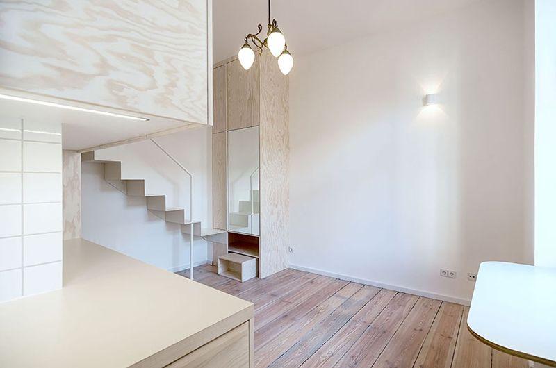 纯白明亮极简小户型跃层楼梯设计图
