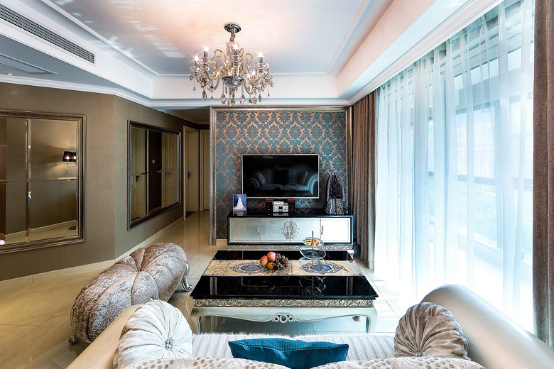 奢华欧式印花客厅电视背景墙效果图