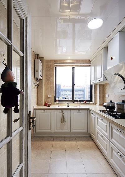 时尚简欧独立L型厨房集成吊顶效果图